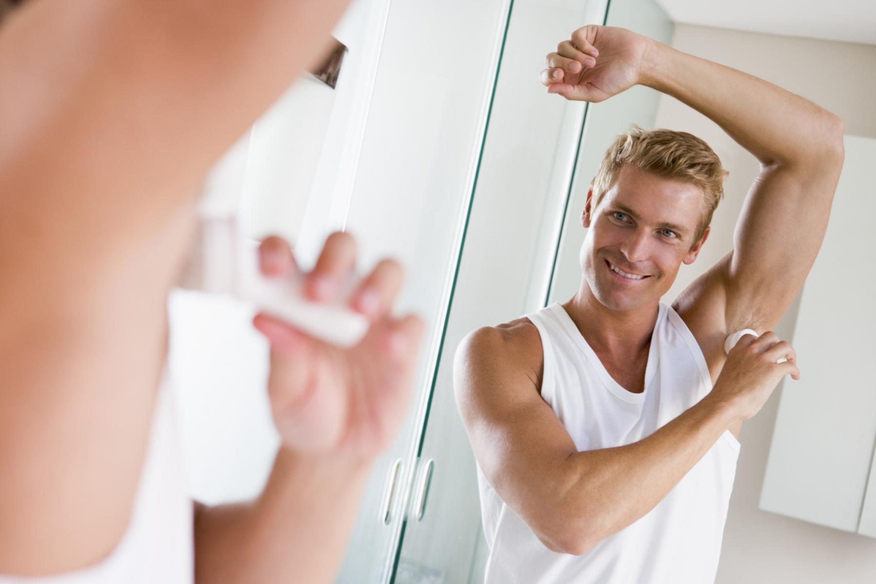 diferencias entre un desodorante y un antitranspirante