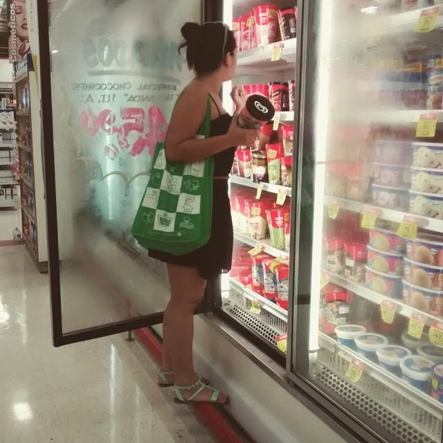 Mujeres bajitas compras