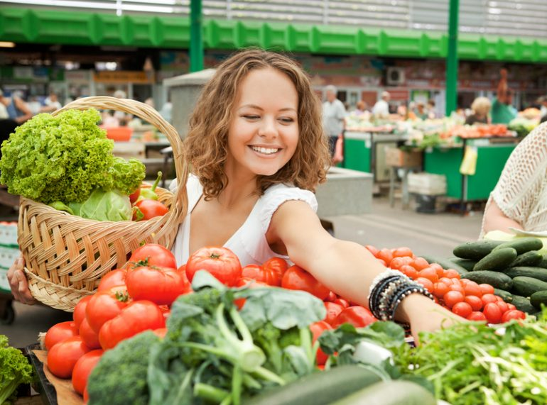 Young Woman Buying Vegetables at Grocery Market . PLEASE, CLICK FOR OTHER PICTURES: http://img-fotki.yandex.ru/get/5608/76420281.0/0_87ac7_64d48d88_L.jpg